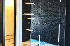 zerkalnaya-stena-v-interere-penal